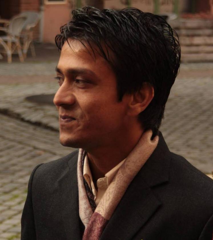 Suresh Gandhari